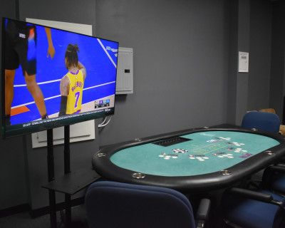 Valley Game and Party Room with Cool Vibe, Calabasas, CA