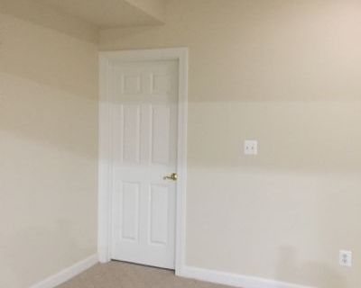$1400 5 apartment in Annandale