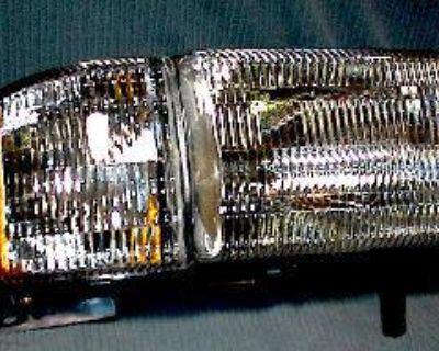 R Headlight & Corner Light Lamp 94-01 Dodge Ram Pickup