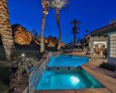Luxurious Snowbird Golf Escape with Two Master Suites - Indian Wells