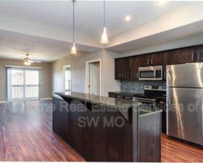 1200 W Walnut St #D202, Springfield, MO 65806 2 Bedroom Condo