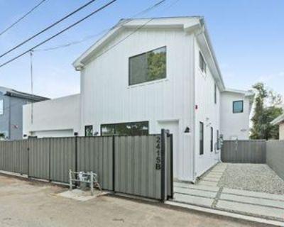 2415 Cloverfield Blvd #B, Santa Monica, CA 90405 2 Bedroom Apartment