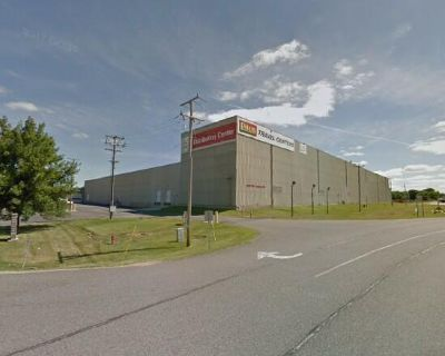Warehouse & Manufacturing Facility for Lease