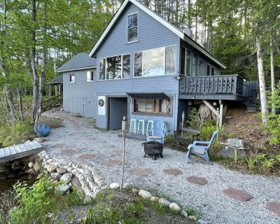 Classic Maine Waterfront Cottage weekly summer rental Saturday check-in only - South Oxford