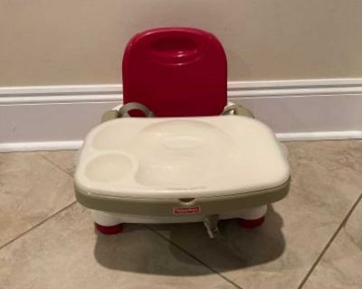 Fisher-Price Healthy Care Deluxe Booster Seat in Very Good Condition