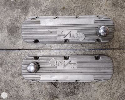 Other Parts - Chevrolet: M/T/Valve Covers