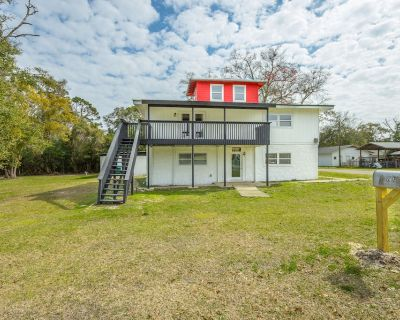 Doc Tom's Lighthouse Therapy 4BR/3BA - Carrabelle