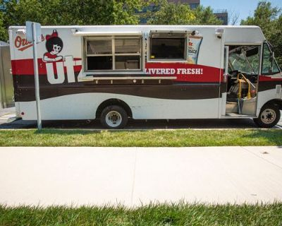 BRAND NEW 24 FT Commercial Kitchen on Wheels - Ford / E350 Utilimaster / 2012