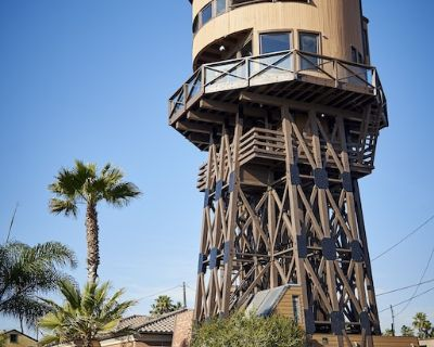 EXPERIENCE WORLD'S COOLEST VRBO- REDUCED TO $975 UNTIL OCTOBER - Huntington Beach