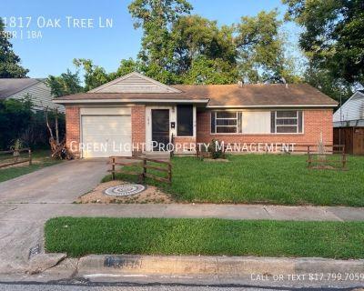 Single-family home Rental - 1817 Oak Tree Ln