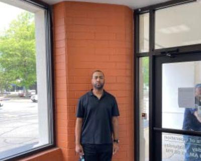 Gene, 40 years, Male - Looking in: Fairfax Fairfax city VA