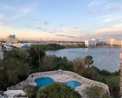 (2505) Lakefront Condo - Southwest Orlando