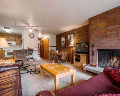 *FREE KAYAKING* Walk Everywhere! Great For Families Private Laundry, Community Hot Tub, Fireplace - Downtown Park City