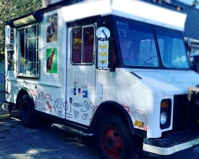 22' Chevrolet P30 Diesel Food Truck / Used Mobile Kitchen
