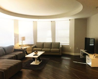 Hotel Style Furnished Three Bedroom Suites in LA Beach Area