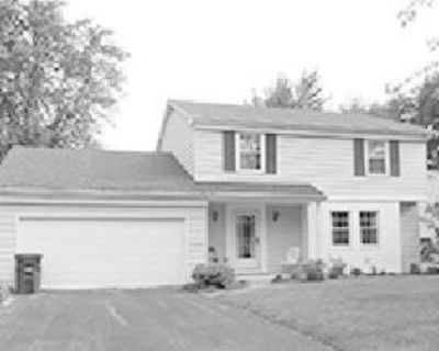 Online Auction of Meticulously Maintained Home! 161 Queensland, Perrysburg, OH 43551...