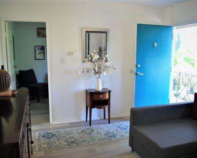 Newly renovated duplex near Pasadena & Downtown LA - El Sereno
