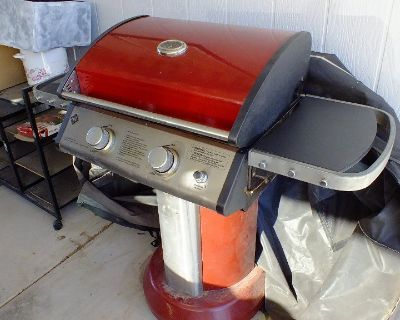 Outdoor Pedestal Propane Grill with Tank