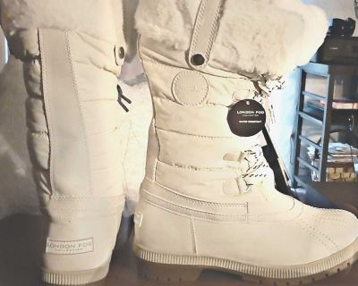 Winter White London Fog Womens Melton Cold Weather Water Resistant Fleece Lined Snow Boot Size 9