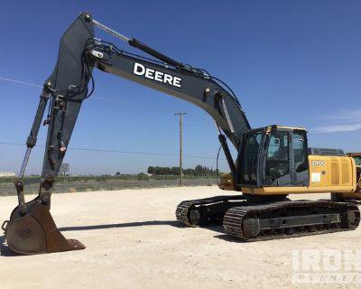 2007 (unverified) John Deere 240D LC Track Excavator