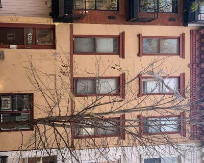 422 1/2 GATES AVENUE, BROOKLYN, 11216