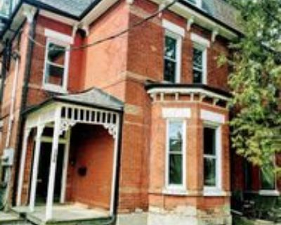 206 Dovercourt Road #unit 5, Toronto, ON M6J 3C8 1 Bedroom Apartment