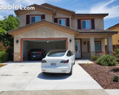 $6500 4 single-family home in Anaheim