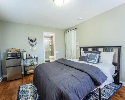 Loftium | Elegant Metro City Private Guest Suite! - Pittsburgh