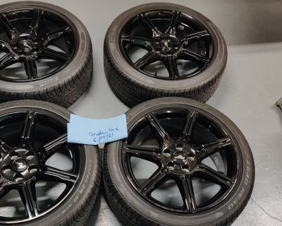 Pirelli tires and black accent wheels 2020