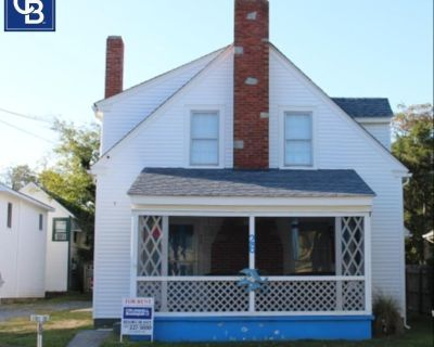 Vintage Rehoboth Home in the Ocean Block of Delaware Avenue - South Rehoboth
