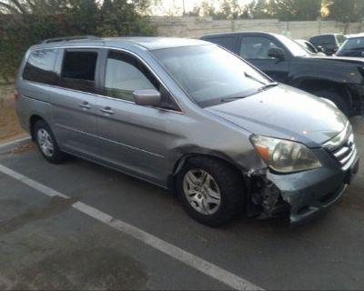 Salvage Silver 2006 Honda Odyssey