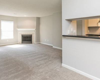 Private room with own bathroom - Sandy Springs , GA 30350