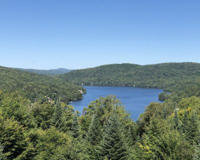 Luxurious comfortable Lakeview Cap Tremblant Smart Home Condo with A/C - Mont-Tremblant Village