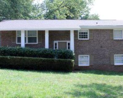 4077 E Glade Ct, Decatur, GA 30035 4 Bedroom House