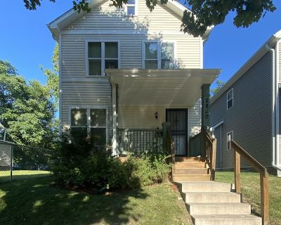 3 Bedroom New Construction Close to Downtown - Milwaukee