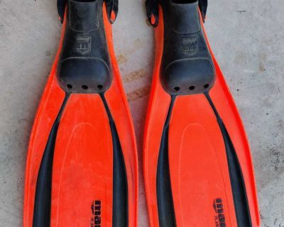 Scuba diving/ swimming/snorkeling fins