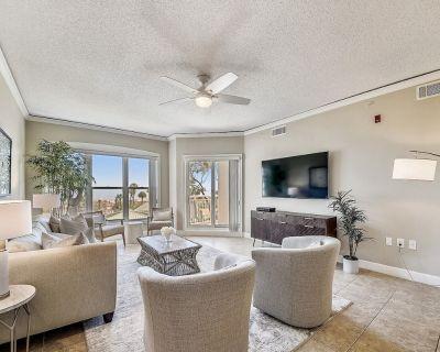 6202 Hampton Place ~ The Beach is Your Backyard in This 2br Ocean View Villa! - Hilton Head Island