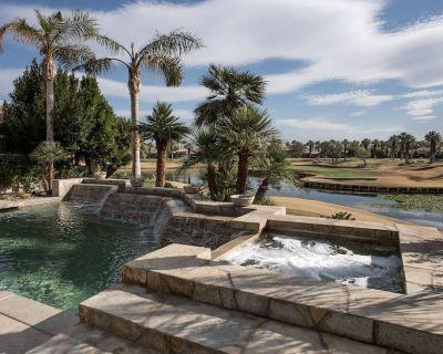 Oasis de Sol Luxury 4/bed4.5bath House, Private salt water pool, family friendly - La Quinta
