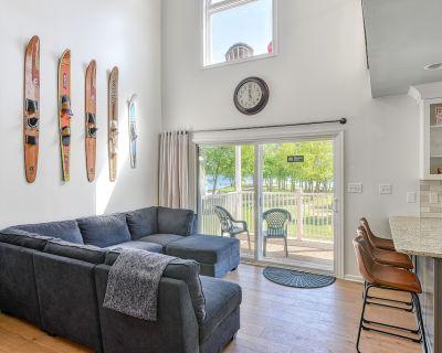 Three-Story Lakefront Home w/ Covered Boat Slip, Free WiFi, & Tennis/Pickleball - Livingston
