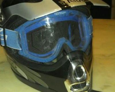 Motocross Helmet Raider
