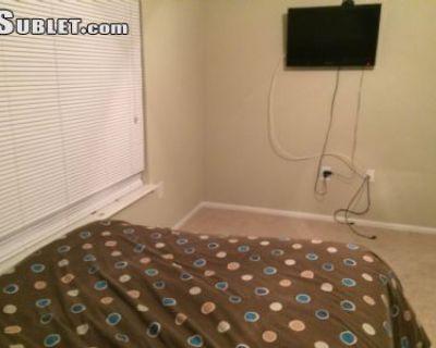 $1300 2 apartment in Fairfax