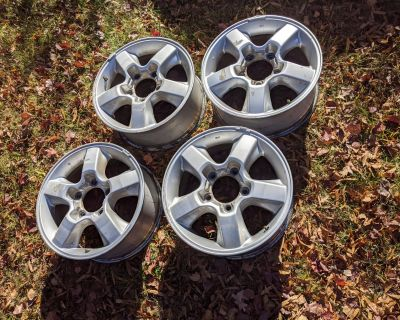 "18"" Factory wheels 5 spoke Hyper Silver + Tires (Set of 5) - Northern, VA"