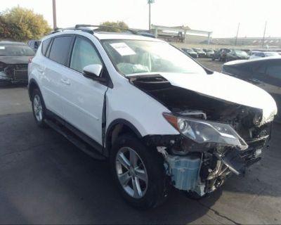 Salvage White 2013 Toyota Rav4