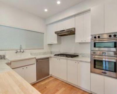 828 Westmount Dr, West Hollywood, CA 90069 3 Bedroom Condo