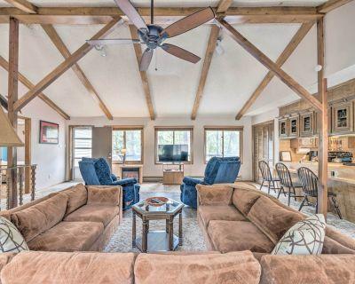 Ruidoso Home w/ Deck, 4 Mi to Ski Apache! - Ruidoso