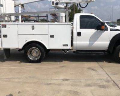2012 Ford Super Duty F-450 Chassis Cab XL