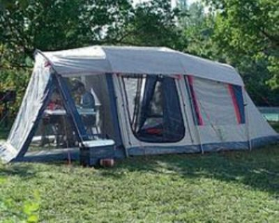 Woods 5-6 person tent