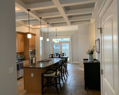 NEW TO THE MARKET! Beautiful 3 bed/3bath In-town Lewes home. Walk to everything. - Lewes