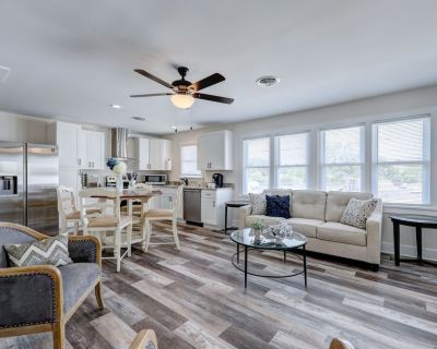 Pet Friendly Completely Renovated 3BR Condo Quick Bike Ride to Beach! - Rehoboth Beach