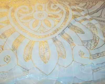 """Large round plastic table cloth 60"""" across the center"""